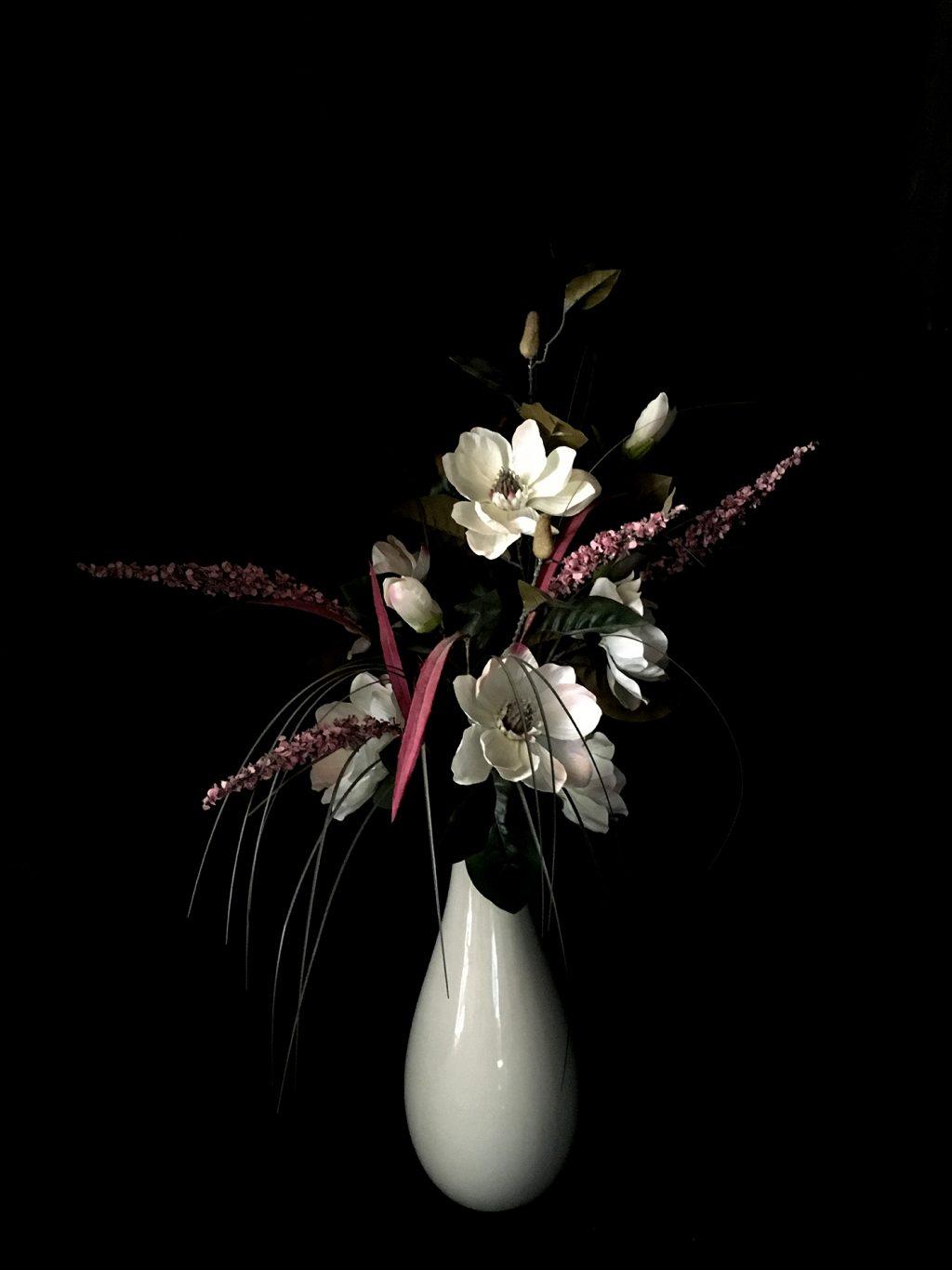 Dawn Cole_Magnolia in white vase_LR at Pie Factory Margate